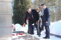 фото ЗакС политика На Синявинских высотах увековечили память о павших воинах