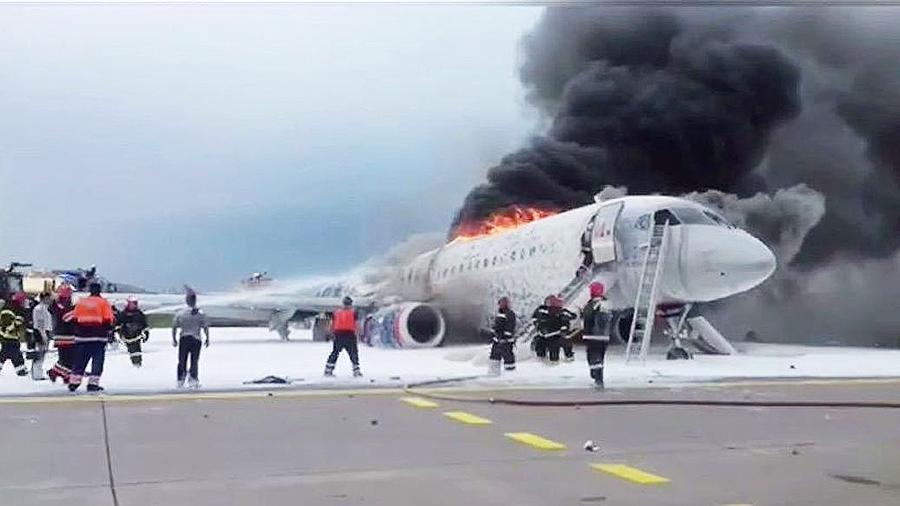 фото ЗакС политика МАК опубликовал предварительный отчет о крушении SSJ-100 в Шереметьево
