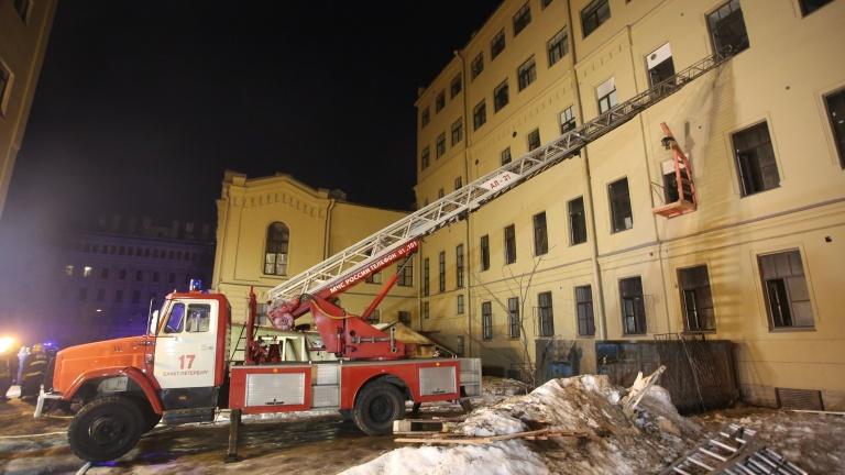 фото ЗакС политика В двух корпусах ИТМО на улице Ломоносова возобновились занятия