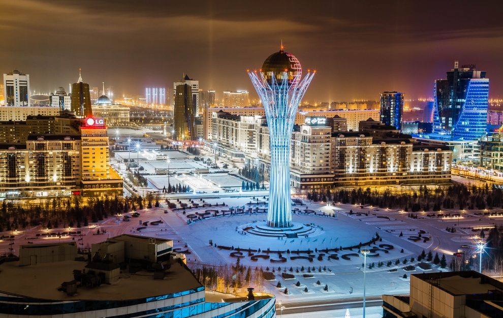 фото ЗакС политика Астана станет Нурсултаном: парламент Казахстана принял решение о переименовании столицы