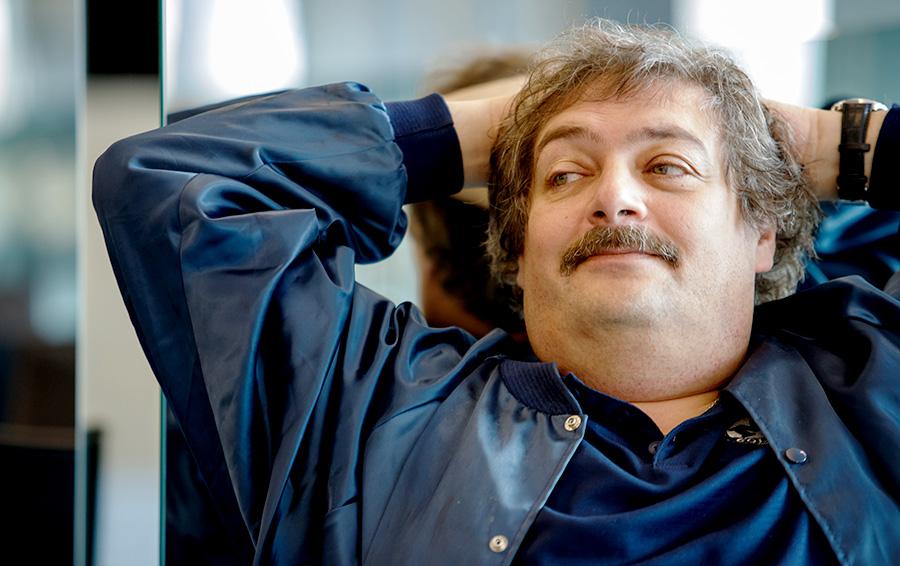 фото ЗакС политика Писателя Дмитрия Быкова экстренно госпитализировали в Уфе