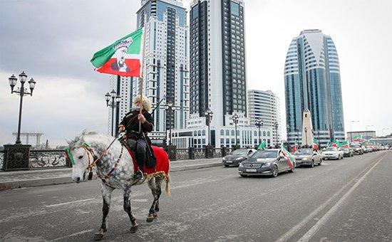 фото ЗакС политика Смольный зовет петербуржцев в Чечню