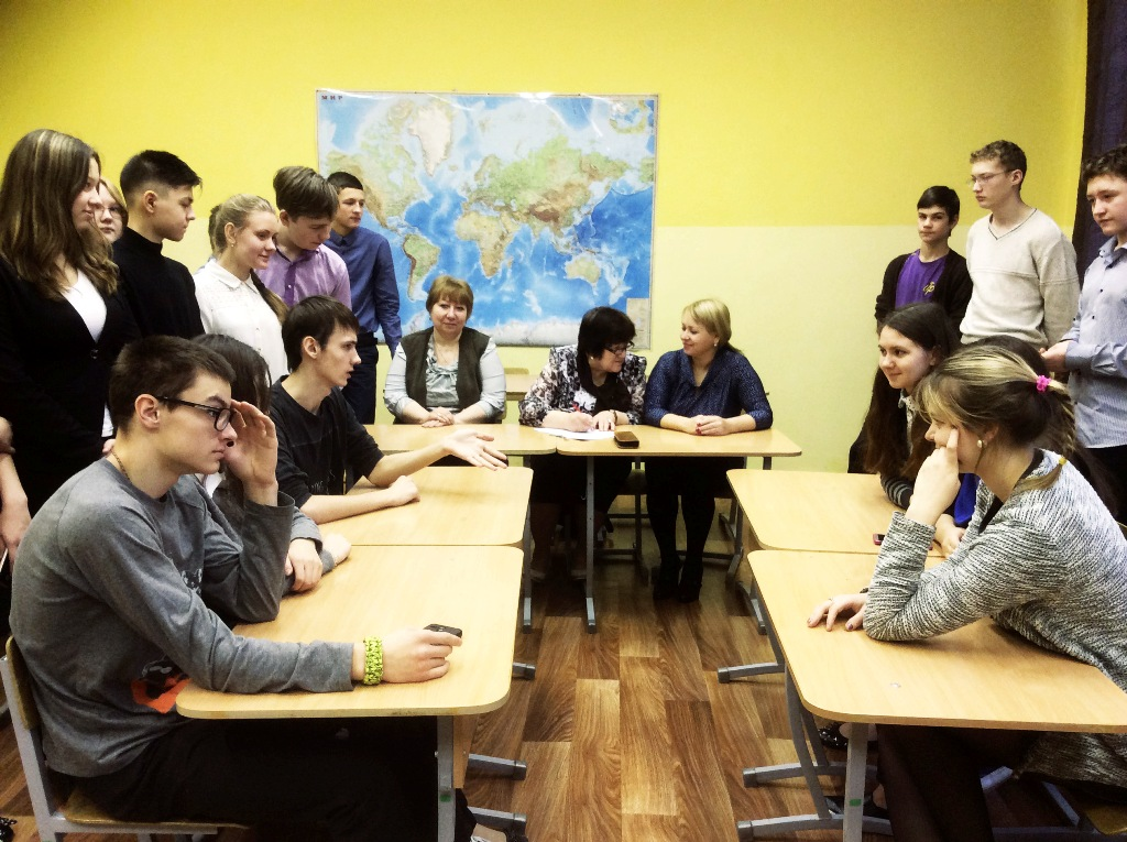 фото ЗакС политика Петербургским школьникам предлагают поучаствовать в дебатах