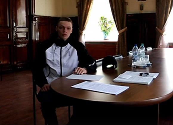 """фото ЗакС политика Опрошенный """"навальнистами"""" спецназовец отрекся от своих слов о стрельбе по митингующим"""