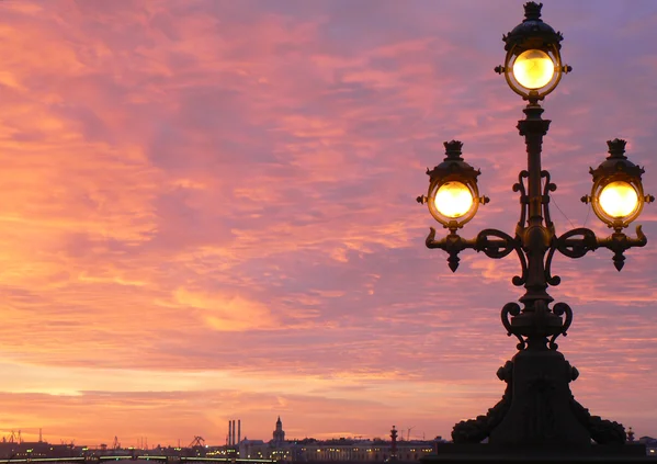 фото ЗакС политика Петербургские фонари оснастят 5G-передатчиками