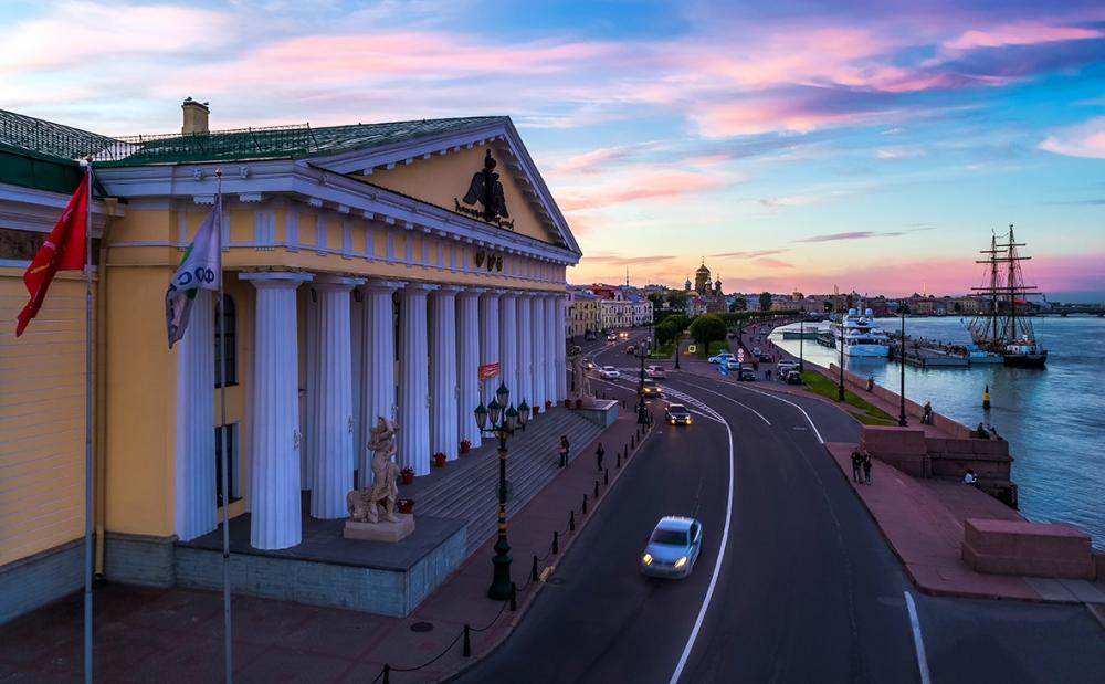 фото ЗакС политика Путин подписал указ о проведении празднеств по случаю 250-летия Горного университета
