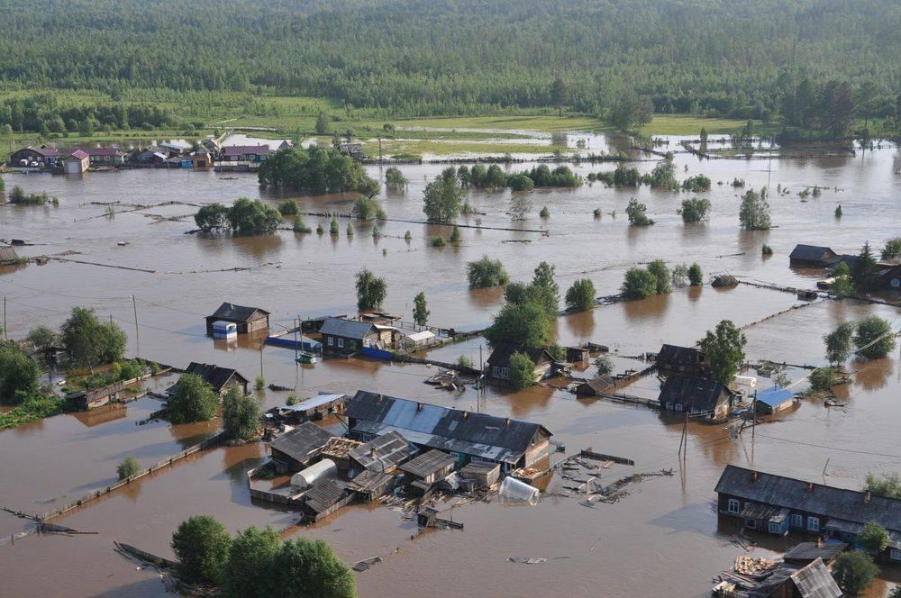 фото ЗакС политика СК возбудил дело против главы района в Иркутской области из-за его действий при наводнении