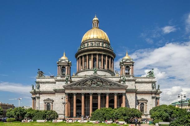 Петербург прорабатывает программу по увеличению турпотока из Финляндии и Китая