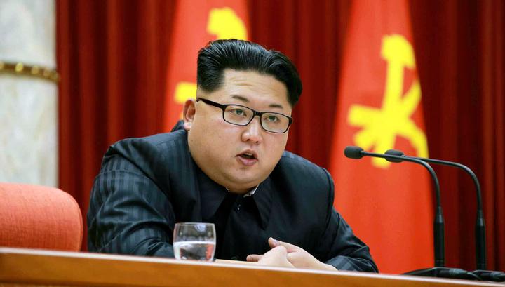 фото ЗакС политика Бронепоезд Ким Чен Ына прибыл в РФ: лидера КНДР встречали в кокошниках и с караваем