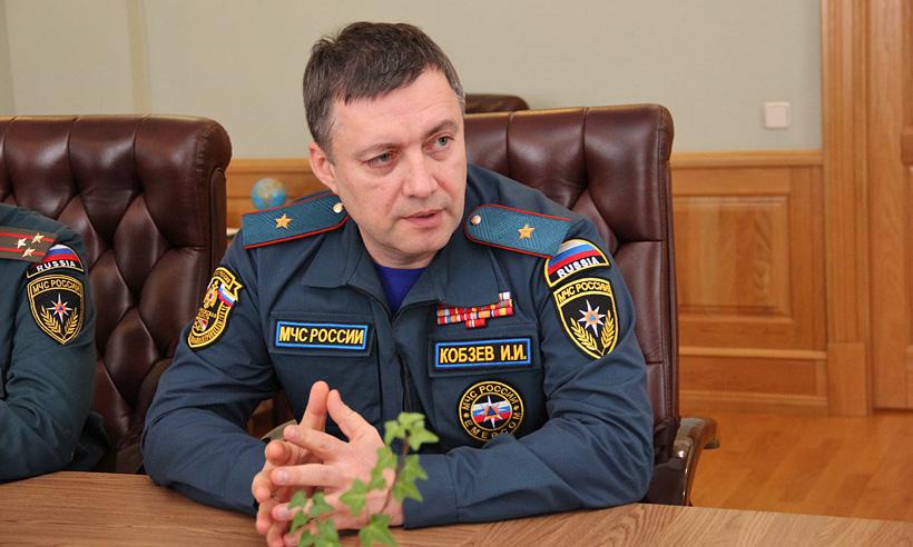 фото ЗакС политика Путин сделал и.о. главы Иркутской области Кобзева генералом-полковником