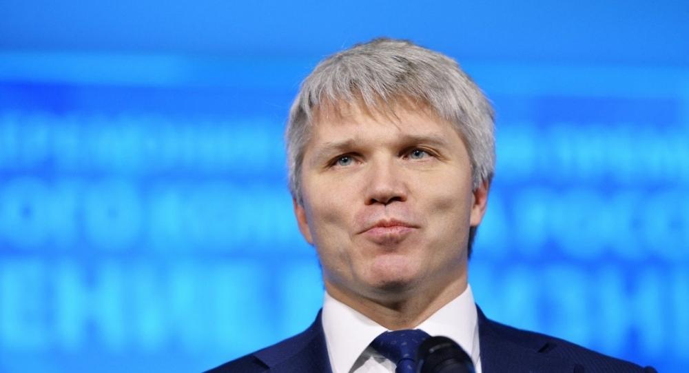 фото ЗакС политика СМИ: Министра спорта Колобкова тайно наградили орденом Александра Невского