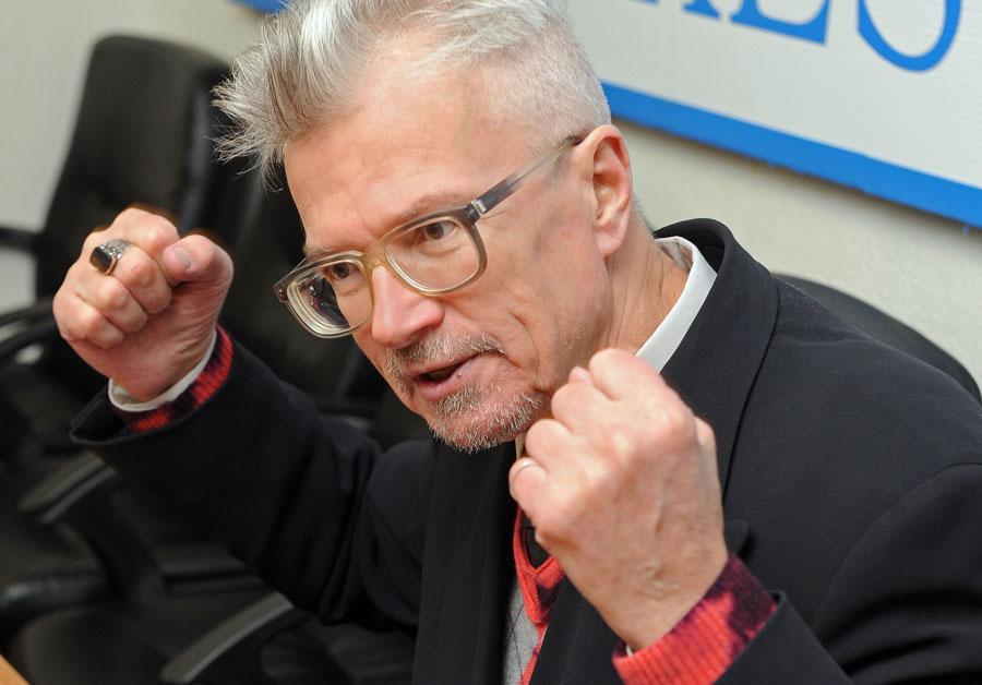 фото ЗакС политика Лимонов: Оставь Россию, Владимир Владимирович! Не так уж ты и хорош