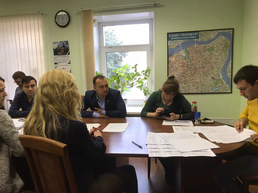 фото ЗакС политика ИКМО «Литейный округ» утвердила победу «яблочников» на мунвыборах