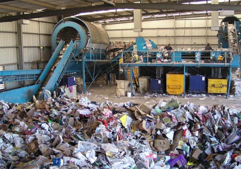 фото ЗакС политика ФСИН предлагает привлекать зэков к переработке мусора