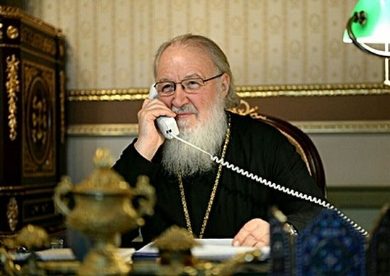 фото ЗакС политика Патриарх Кирилл: Мы строим по три храма в сутки - это не потому, что у нас очень много денег