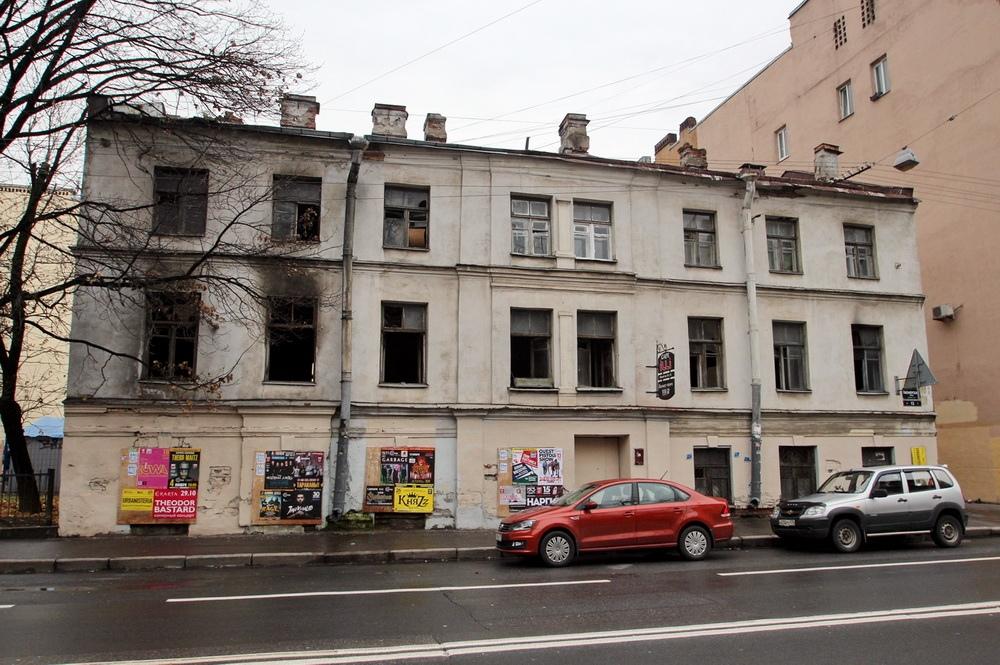 фото ЗакС политика Собственника исторического дома на Пионерской, 13, через суд заставят привести здание в порядок