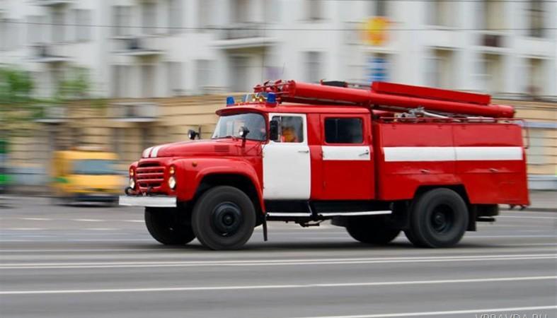 фото ЗакС политика На военном объекте в Архангельской области прогремели взрывы и начался пожар