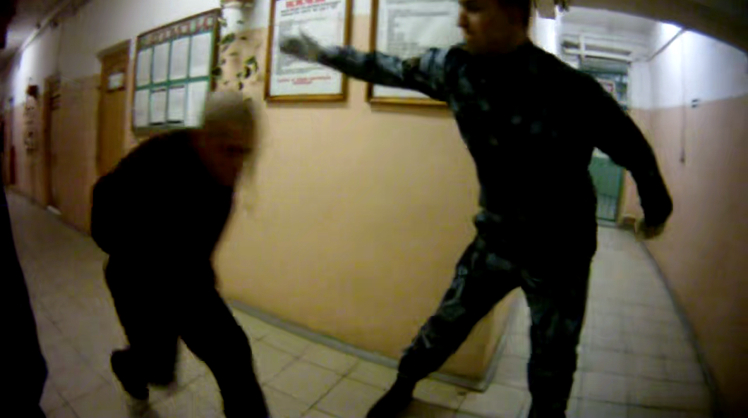фото ЗакС политика В Ярославле скончался зэк: правозащитники утверждают, что его пытали