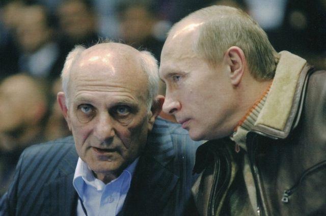 фото ЗакС политика В Петербурге откроется фотовыставка в честь тренера Путина Анатолия Рахлина
