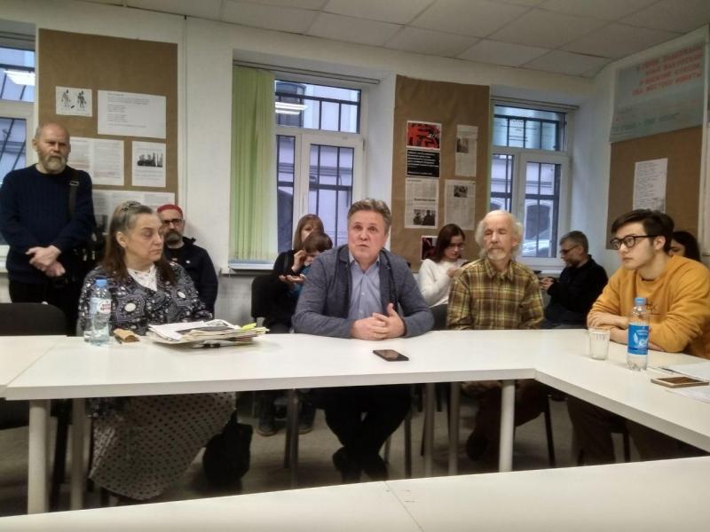 """фото ЗакС политика В офисе """"Яблока"""" дали старт выставке в поддержку фигурантов дела """"Сети"""""""