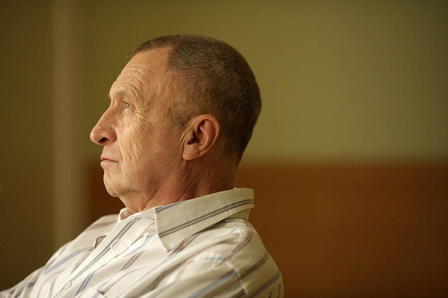 """фото ЗакС политика Режиссер """"Белорусского вокзала"""" требует погребения """"германского шпиона"""", лежащего в Мавзолее"""