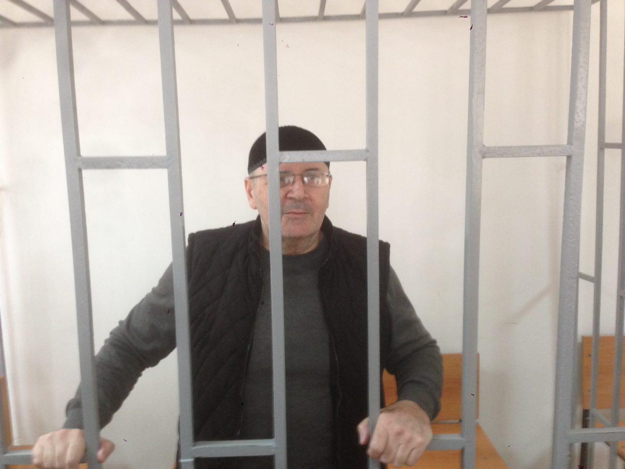 "фото ЗакС политика Глава ""Мемориала"" в Грозном Оюб Титиев подал на УДО"