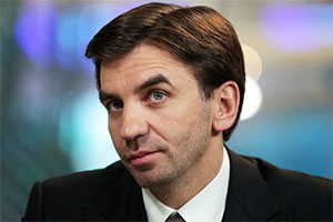 фото ЗакС политика Суд арестовал более 400 млн рублей, дома и квартиры Абызова