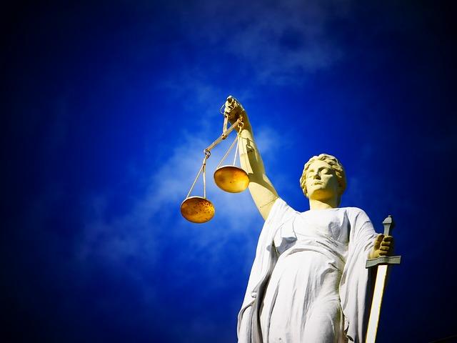 фото ЗакС политика Суд обязал ИКМО «Новоизмайловское» зарегистрировать еще двух самовыдвиженцев