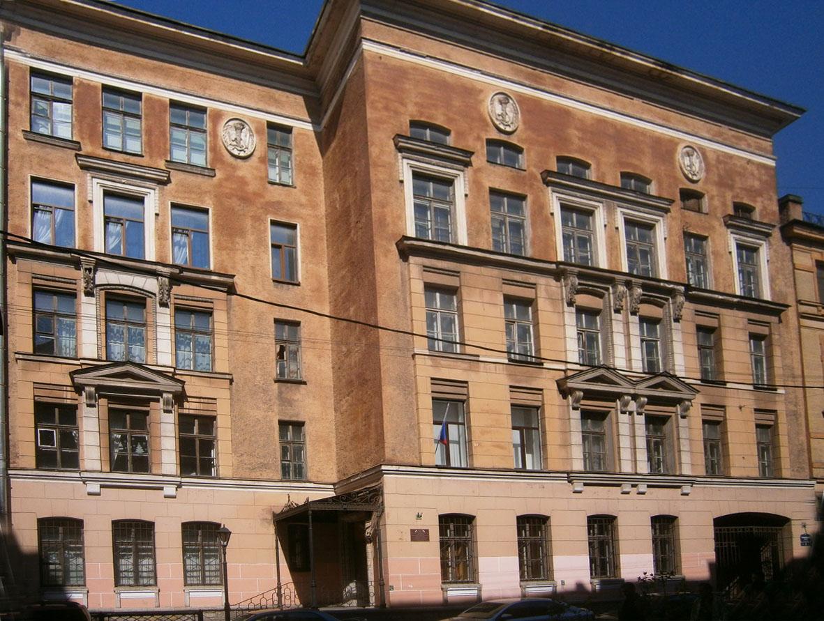 фото ЗакС политика Чиновники назвали жалобы на качество обучения польскому языку причиной закрытия школы № 216