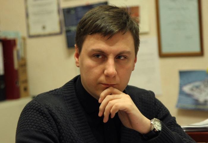 фото ЗакС политика Московская Хельсинкская группа требует у силовиков извинений перед родителями юриста Передрука
