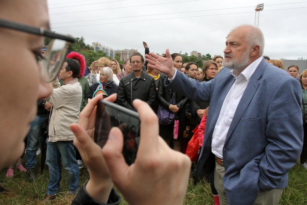 фото ЗакС политика Амосов: Создание избирательных участков в Псковской области - просто абсурд