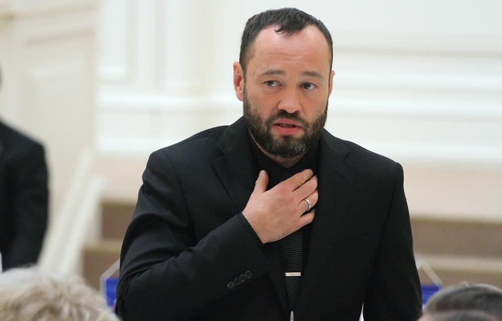 фото ЗакС политика Анохина исключили из регионального политсовета «Единой России»