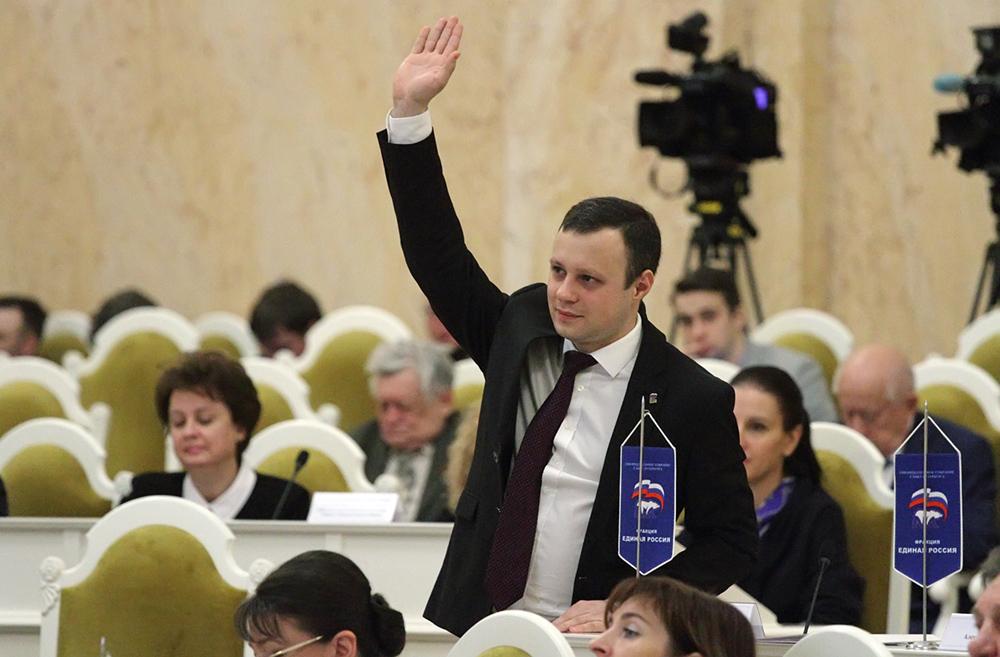 фото ЗакС политика Четырбок предложил направить в ТИК оплачиваемых специалистов