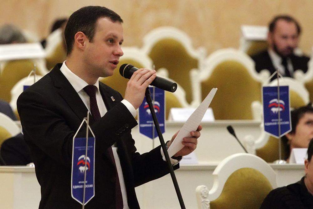 фото ЗакС политика Депутаты Петербурга придумали ещё один способ борьбы с коллекторами
