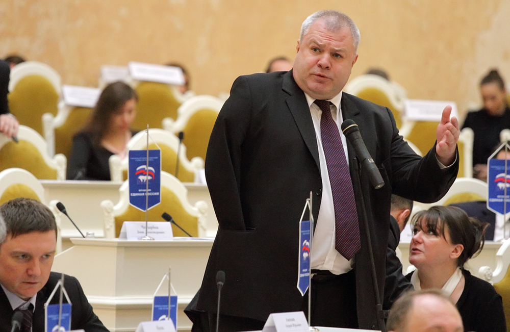 фото ЗакС политика Сына депутата ЗакСа Горшечникова ограбили после отдыха на улице Рубинштейна