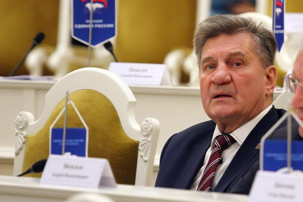 фото ЗакС политика Депутат Ивченко будет отвечать в ЗакСе за Арктику