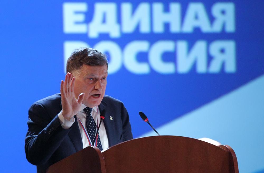 фото ЗакС политика Макаров назвал полезные свойства муниципального фильтра