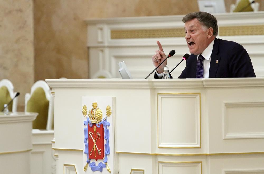 фото ЗакС политика Макаров высоко оценил профессиональные качества нового главы комиссии по культуре