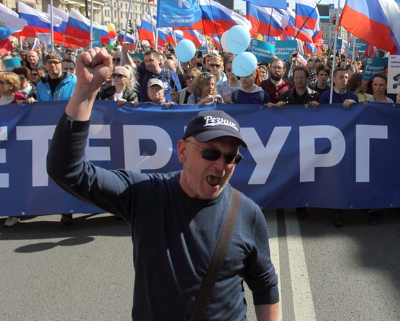 фото ЗакС политика Резник призвал бюджетников не бояться голосовать против Беглова