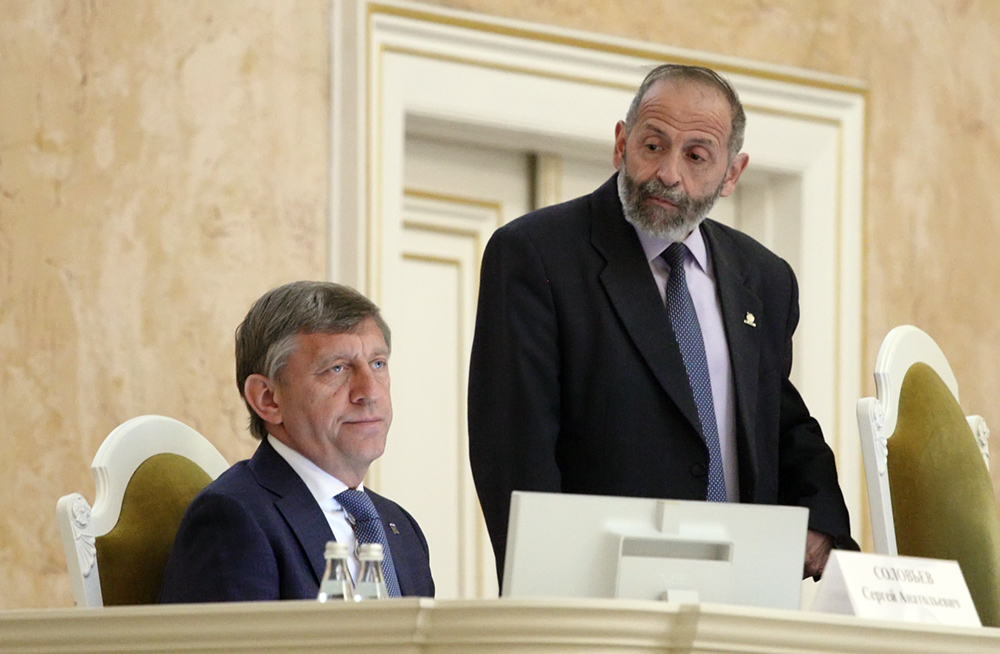 фото ЗакС политика Вишневский об отношениях с Макаровым: Дружеские, но не политические
