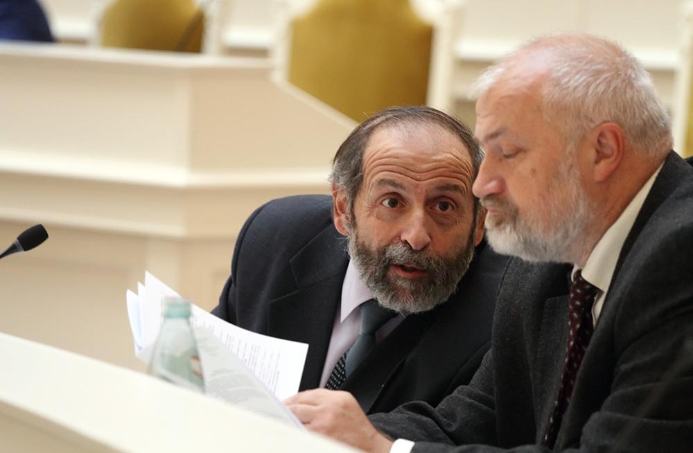 фото ЗакС политика Вишневский призвал всех неравнодушных добиться открытого суда над Филинковым