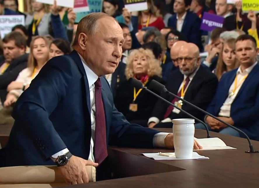 фото ЗакС политика Путин: Для роста доходов россиян нужен рост ВВП
