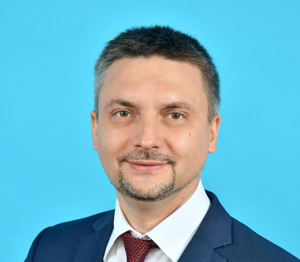 фото ЗакС политика Казарин вступил в должность главы комитета по информатизации и связи