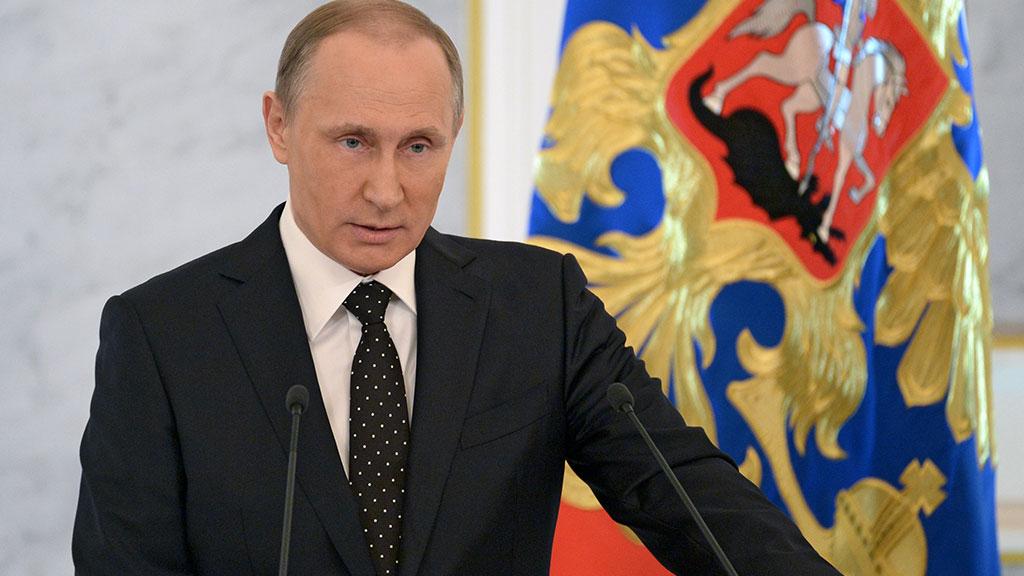 фото ЗакС политика Путин подписал закон о бюджете России на 2020 год