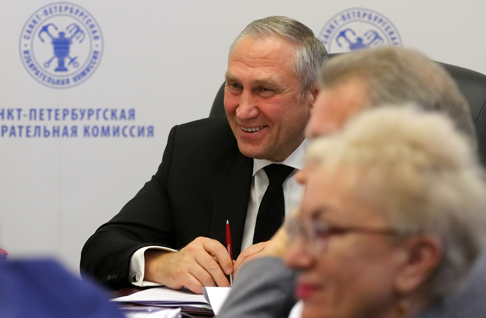 """фото ЗакС политика Горизбирком отказался от 15 """"дачных"""" участков"""