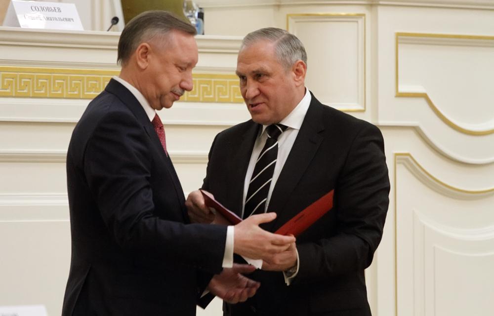 фото ЗакС политика ГИК потратил на выборы губернатора 429 млн рублей