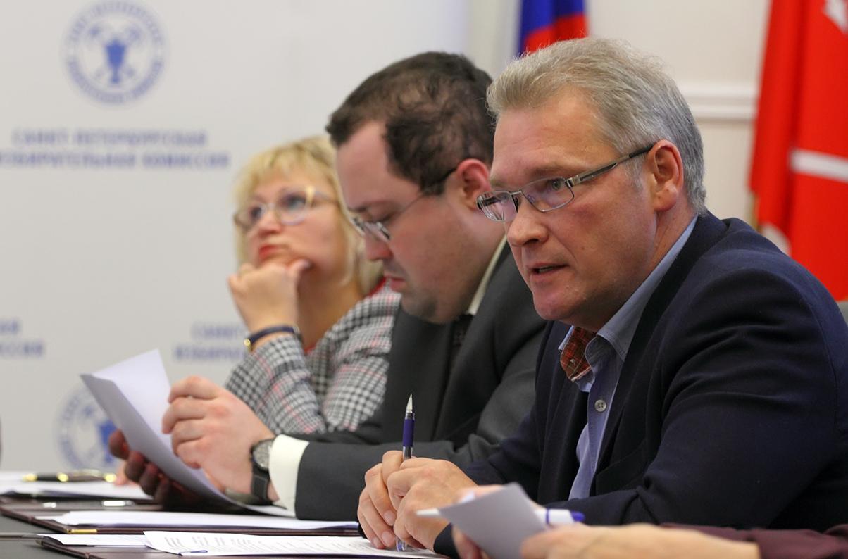 фото ЗакС политика Горизбирком не намерен отказываться от «дачных» участков