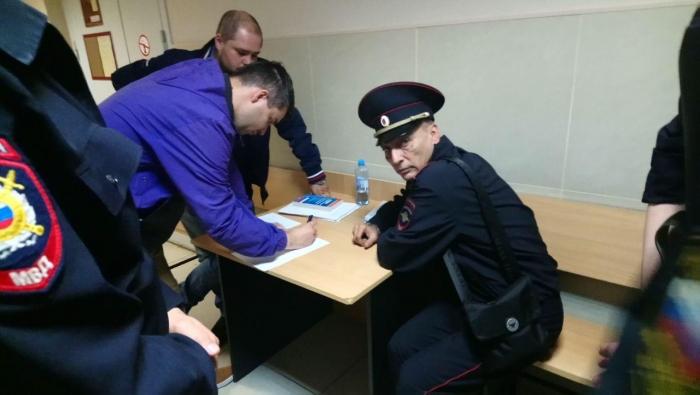 фото ЗакС политика Суд вернул протокол на Горожанко в полицию
