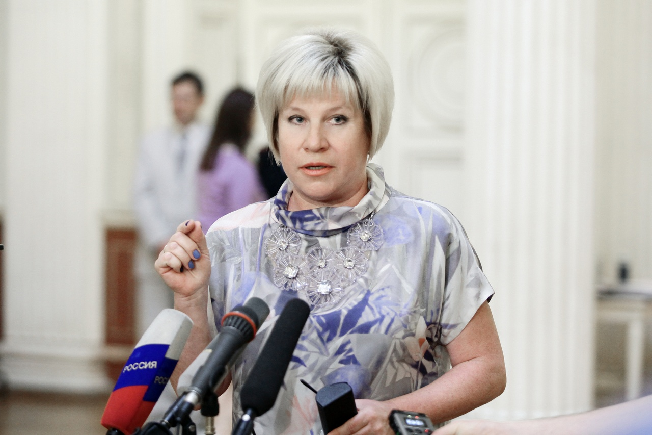 фото ЗакС политика Шишкина обратилась в ЦИК с жалобой на выборы в Петербурге