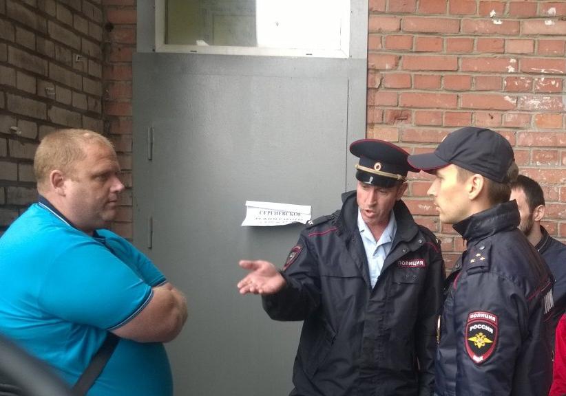 фото ЗакС политика Утром драка, вечером побег: еще один день у ИКМО «Сергиевское»
